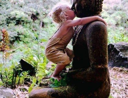 Workshop Buddhas Mudras! Zwanzig-Zwanzig steht unter der besonderen Vibration vom Großen Geist, dem Großen Geheimnis, demnach wissen wir nicht was für Veranstaltungen umgesetzt werden und auch das Wie ist offen. Schreib uns bei Interesse!