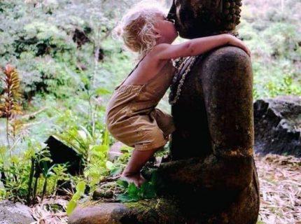 Workshop Buddhas Mudras! Zwanzig-Zwanzig steht unter der besonderen Vibration vom Großen Geist, dem Großen Geheimnis, demnach wissen wir nicht was für Veranstaltungen umgesetzt werden und auch das Wie ist offen. Schreib uns bei Interesse! Das ist 2021 immer noch aktuell
